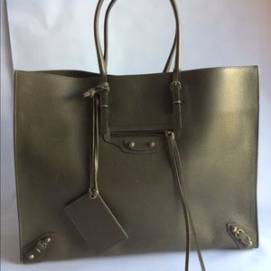 Papier A4 Tote - Olive Green